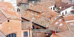 1024px-Siena-tetti_MGbig